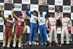 DP podium: vainqueurs toutes catégories Memo Rojas et Scott Pruett, 2e Oswaldo Negri et John Pew, 3