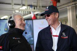 Hugues de Chaunac et Peugeot Sport directeur Olivier Quesnel