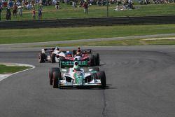 Tony Kanaan, Andretti Autosport devant Justin Wilson, Dreyer et Reinbold Racing et Ryan Briscoe, Tea