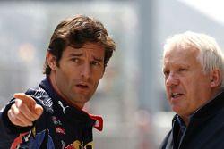 Mark Webber, Red Bull Racing, Charlie Whiting, FIA Safty delegate, Race director and offical starter