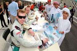 Renaud Kuppens during an autograph session