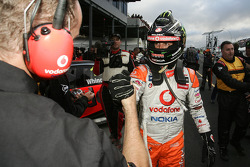Jamie Whincup fête son succès after taking out race one of the Hamilton 400