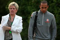 Carmen Lockhart madre de Lewis Hamilton, McLaren Mercedes