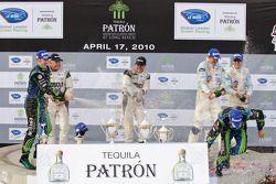 LMP podium: Champagne !
