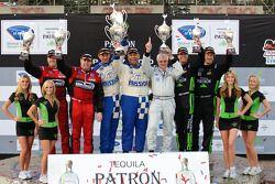 GTC podium: vainqueurs de la catégorie Juan Gonzalez et Butch Leitzinger, 2e Bret Curtis et James Sofronas, 3e Bill Sweedler et Romeo Kapudija