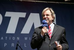 Mayor Dr. Helmut Muller