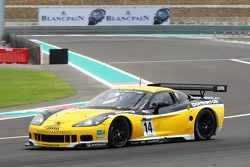 #14 Phoenix Racing / Carsport Corvette Z06: Mike Hezemans, Andrea Piccini