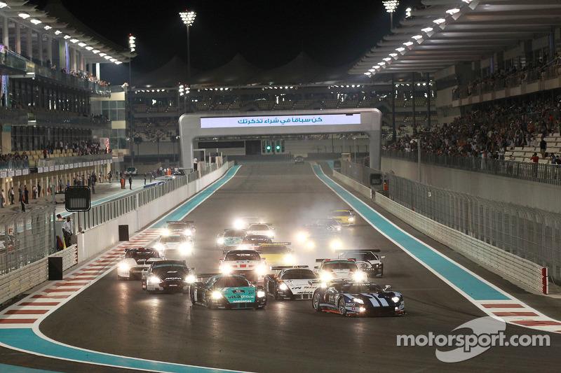 Start: #5 Matech Competition Ford GT: Thomas Mutsch, Romain Grosjean