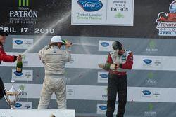 LMGT podium: Champagne !