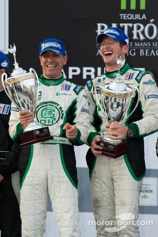LMPC podium: vainqueurs de la catégorie Gunnar Jeannette et Elton Julian
