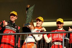 #2 Toll Holden Racing Team: Garth Teter, #1 Team Vodafone: Jamie Whincup, #34 Garry Rogers Motorsport: Michael Caruso