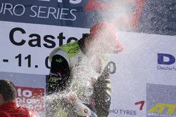 Race winnaar Alexander Sims