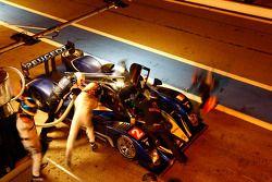 Pitstop #2 Team Peugeot Total Peugeot 908 HDI FAP: Pedro Lamy, Nicolas Minassian, Stéphane Sarrazin,