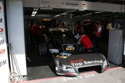 Garage en wagen van Timo Scheider, Audi Sport Team Abt Audi A4 DTM