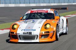 Nico Hulkenberg teste la Porsche 911 GT3 R Hybrid