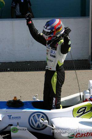 Race winner Marco Wittmann, Signature, Dallara F308 Volkswagen