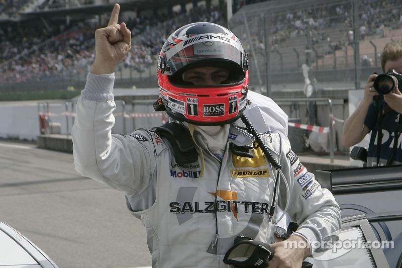 Le vainqueur Gary Paffett, Team HWA AMG Mercedes C-Klasse