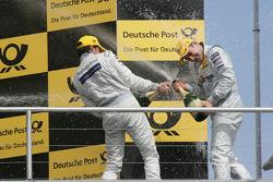 Podium: Bruno Spengler, Team HWA AMG Mercedes C-Klasse et Gary Paffett, Team HWA AMG Mercedes C-Klas