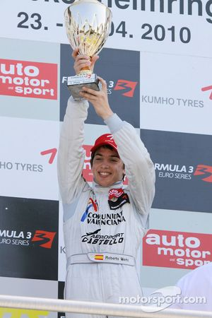 Podium: winner Roberto Merhi, Mücke Motorsport, Dallara F308 Mercedes