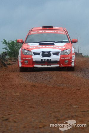 Rifat Sungkar en Scott Beckwith, Pertamina Rally Team