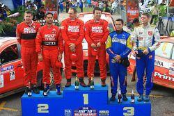 2e , Gaurav Gill avec co-pilote Glen Macneall, Winner, Katsu Taguchi avec co-pilote Mark Stacey ,3e, Rifat Sungkar avec co-pilote Scott Beckavec