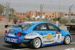 Alain Menu, Chevrolet, Chevrolet Cruze LT crashed