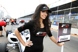 La grid girl de Dean Stoneman