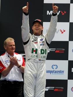 Philipp Eng a fini 2e de la course 1