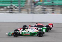 Ryan Hunter-Reay, Andretti Autosport en bagarre avec Tony Kanaan, Andretti Autosport