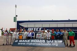 Photo de groupe avec les pilotes WTCC et Jean Todt, President de la FIA