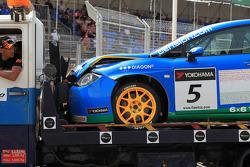 Crashed car of Norbert Michelisz, Zengö-Dension Team, Seat Leon 2.0 TDI