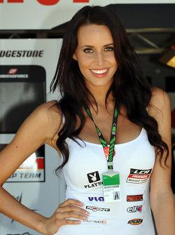 Una chica LCR Honda MotoGP