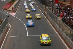 Start: Gabriele Tarquini, SR - Sport, Seat Leon 2.0 TDI devant
