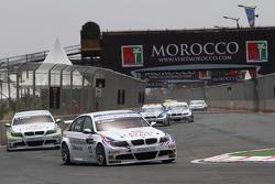 Andy Priaulx, BMW Team RBM, BMW 320si et Augusto Farfus, BMW Team RBM, BMW 320si