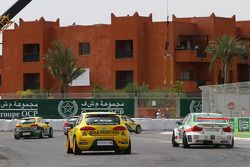 Mehdi Bennani, Wiechers Sport, BMW 320si and Michel Nykjer, Sunred Engineering Development, Seat Leo