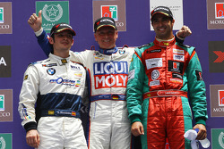 Podium: Independants, Sergio Hernetez, Scuderia Proteam Motorsport, BMW 320si, Franz Engstler, Liqui Moly Team Engstler, BMW 320si et Mehdi Bennani, Wiechers Sport, BMW 320si