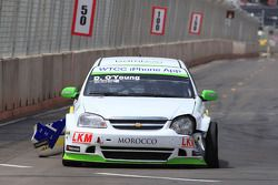 Darryl O'Young, Bamboo-engineering, Chevrolet Lacetti with a crashed car