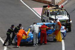 Crashed car of Robert Huff, Chevrolet, Chevrolet Cruze LT