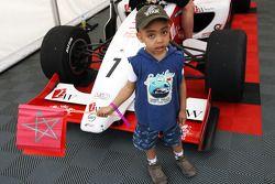 Young F2 fan