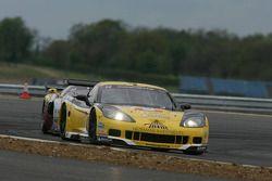 #14 Phoenix Racing / auto'sport Corvette Z06: Mike Hezemans, Anthony Kumpen