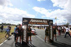 #1 TeamVodafone: Jamie Whincup on pole