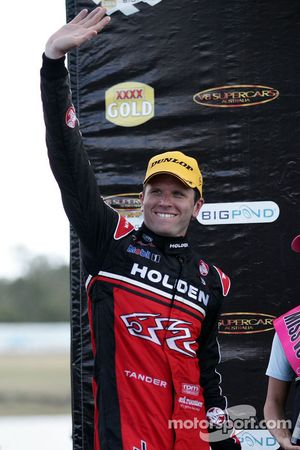 Garth Tander takes second for Toll Holden Racing Team
