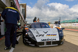 #34 Triple H Team Hegersport Maserati MC12: Matteo Bobbi, Bert Longin