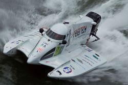 #13 F2 Boat Com: Dominick Thomas, Jean-Baptiste Thomas, Hugues Le Nourry