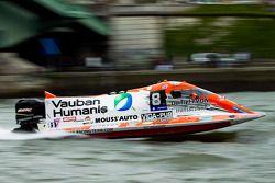 #8 Team Vauban Humanis: Christophe Boyard, Xavier Savin, Christophe Poulain