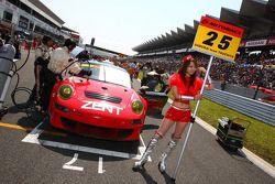 Zent Porsche RSR: Takeshi Tsuchiya, Akihiro Tsuzuki