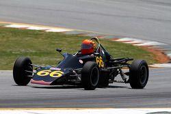 75 Van Dieman F Ford: Court Dowis