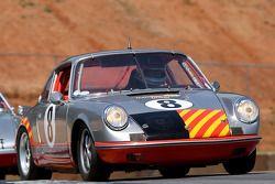 69 Porsche 911: Jerry Peters