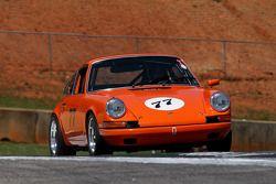 69 Porsche 911: Kim Watkins