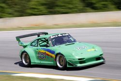76 Porsche 911: Ronnie Retall